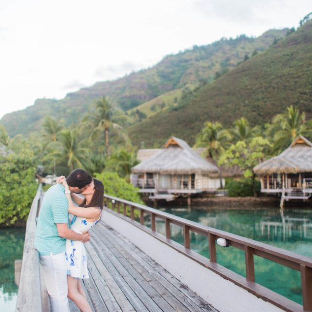 Planning Your Honeymoon: Budgeting